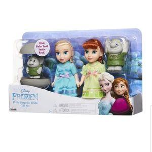 Disney Frozen Petite Princess Anna and Elsa
